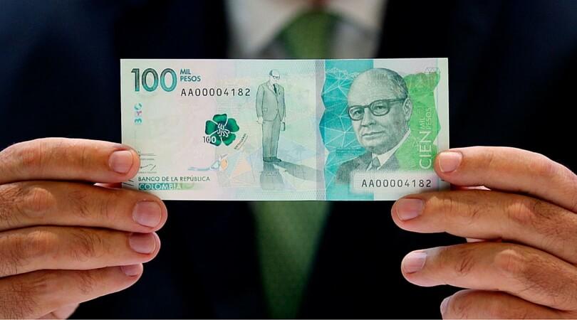 Como detectar un billete de $100 mil falso.