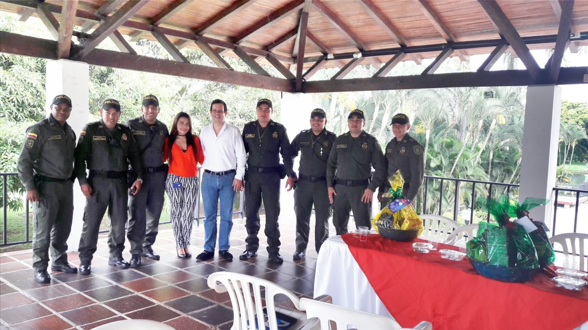 Celebración de Navidad del cuadrante 24-4 de Alfaguara- Jamundí